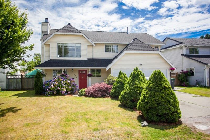 """Main Photo: 16276 14 Avenue in Surrey: King George Corridor House for sale in """"SOUTH MERIDIAN"""" (South Surrey White Rock)  : MLS®# R2136192"""