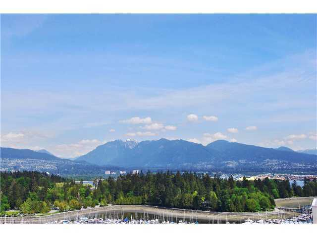 Main Photo: 2002 1710 BAYSHORE Drive in Vancouver West: Home for sale : MLS®# V831446