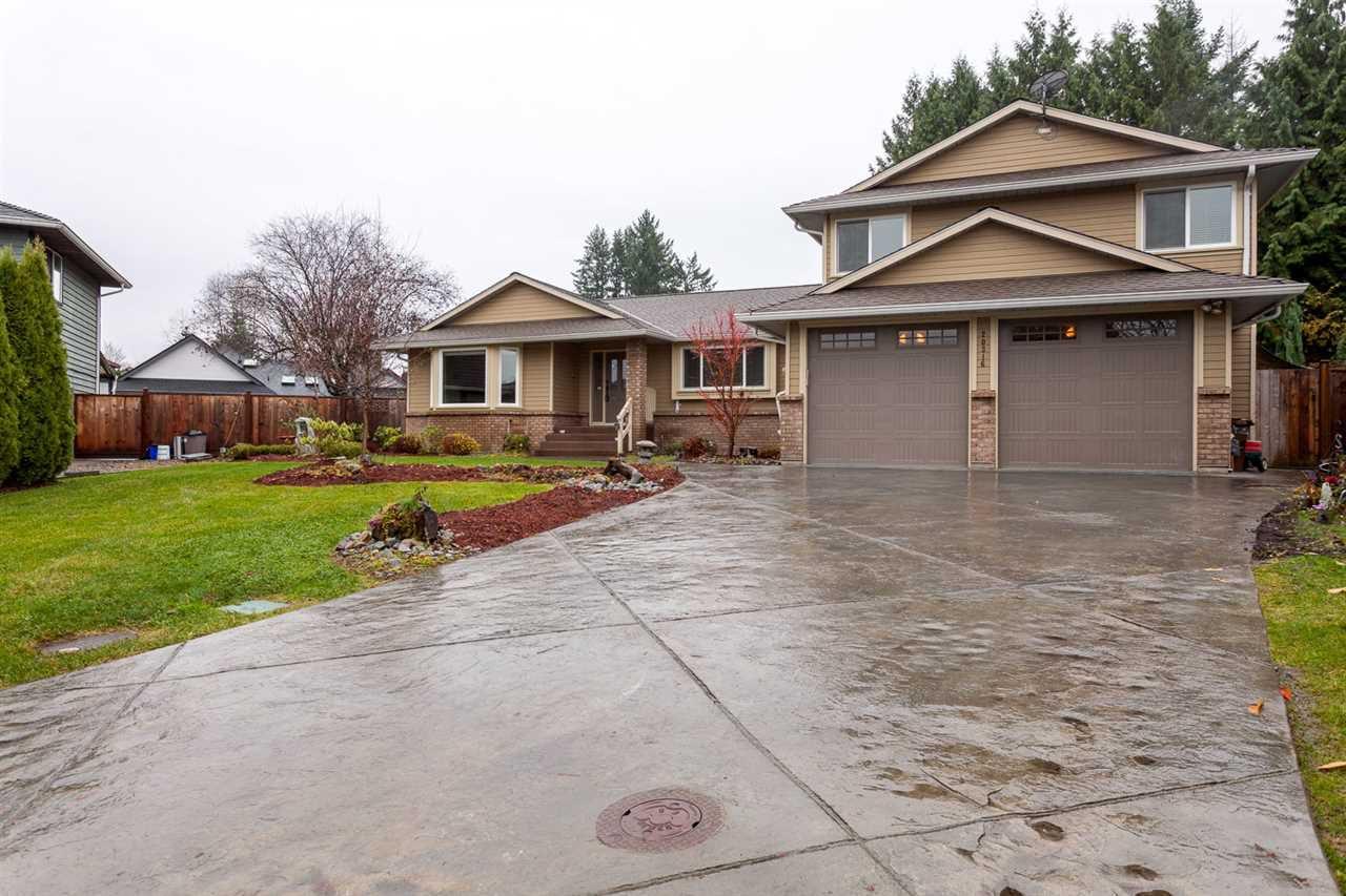 Main Photo: 20316 123B Avenue in Maple Ridge: Northwest Maple Ridge House for sale : MLS®# R2189575