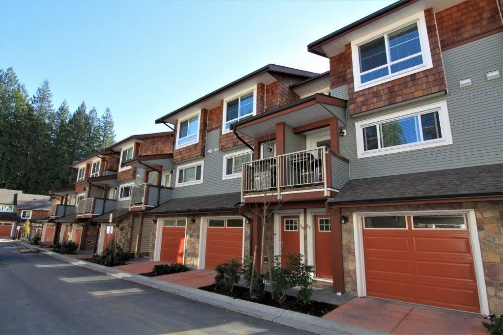 "Main Photo: 57 23651 132 Avenue in Maple Ridge: Silver Valley Townhouse for sale in ""MYRON'S MUSE"" : MLS®# R2216799"