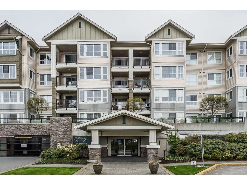 "Main Photo: 313 19673 MEADOW GARDENS Way in Pitt Meadows: North Meadows PI Condo for sale in ""The Fairways"" : MLS®# R2258947"