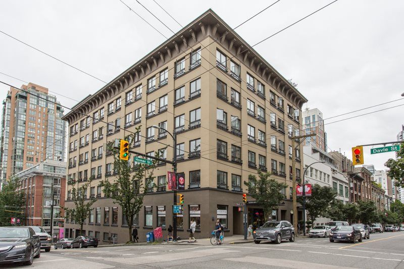 """Main Photo: 206 1216 HOMER Street in Vancouver: Yaletown Condo for sale in """"Murchies Building"""" (Vancouver West)  : MLS®# R2291553"""