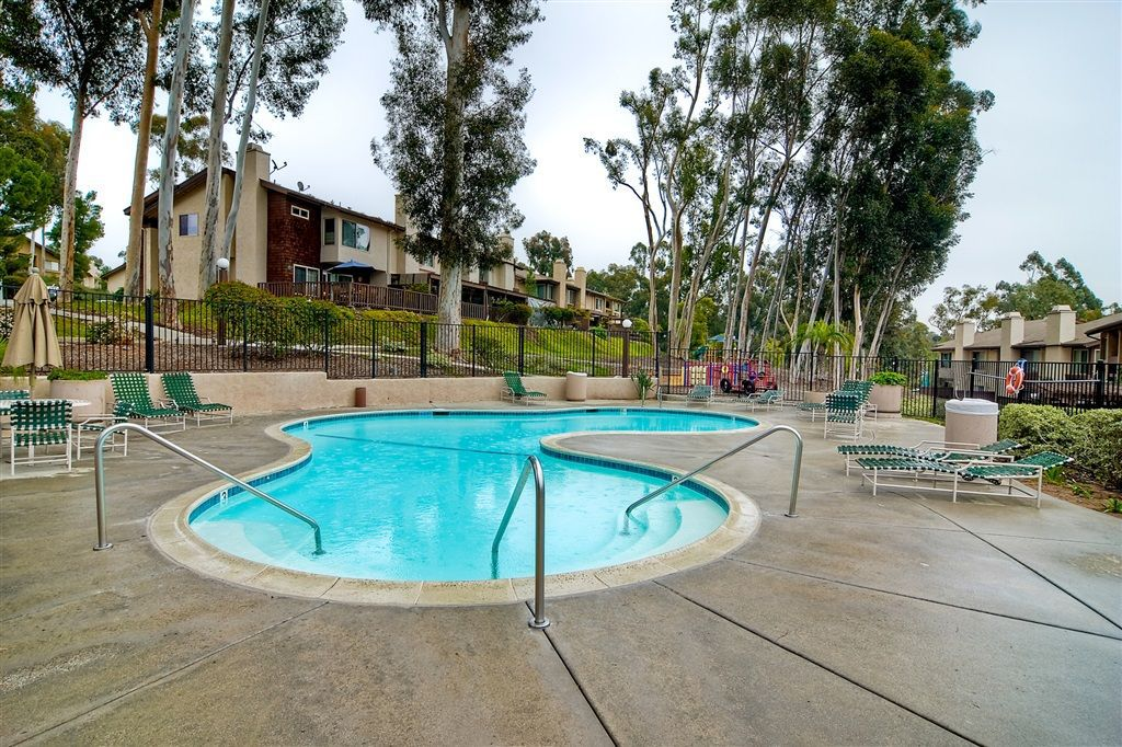 Photo 21: Photos: SCRIPPS RANCH Townhome for sale : 4 bedrooms : 10324 Caminito Goma in San Diego