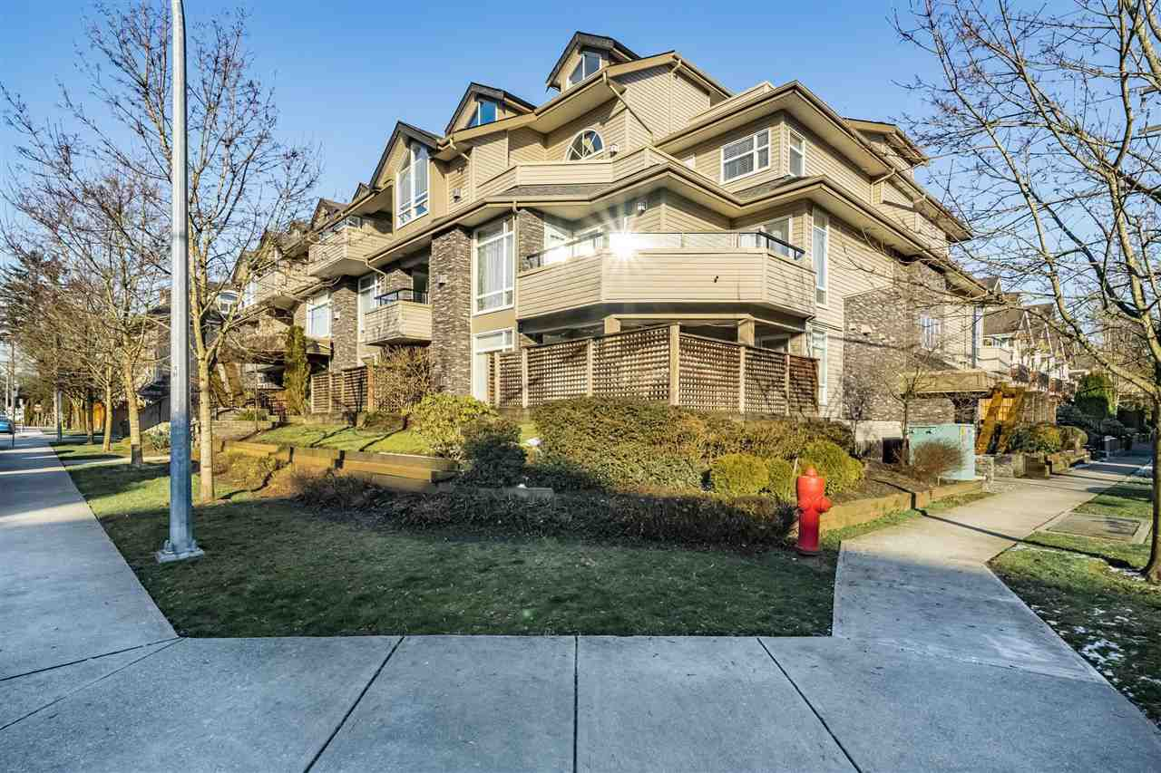 "Main Photo: 203 3150 VINCENT Street in Port Coquitlam: Glenwood PQ Condo for sale in ""BREYERTON"" : MLS®# R2339784"