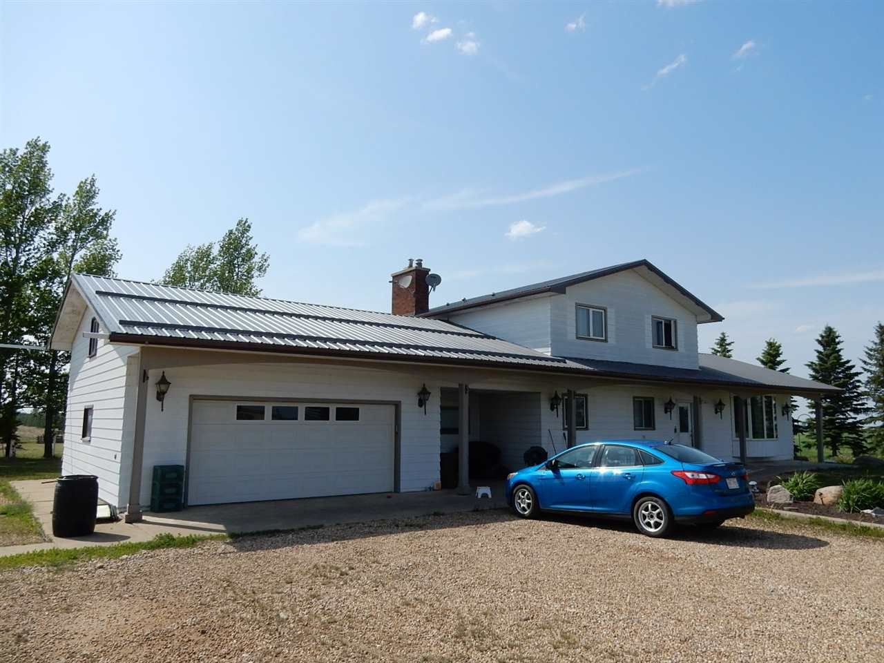 Main Photo: 57520 2 Highway: Rural Sturgeon County House for sale : MLS®# E4150951