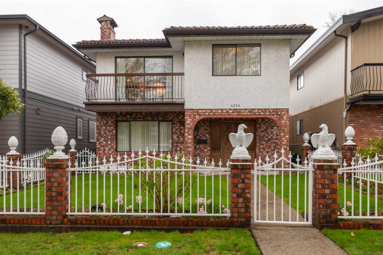 Main Photo: 4204 PANDORA Street in Burnaby: Vancouver Heights House for sale (Burnaby North)  : MLS®# R2357395