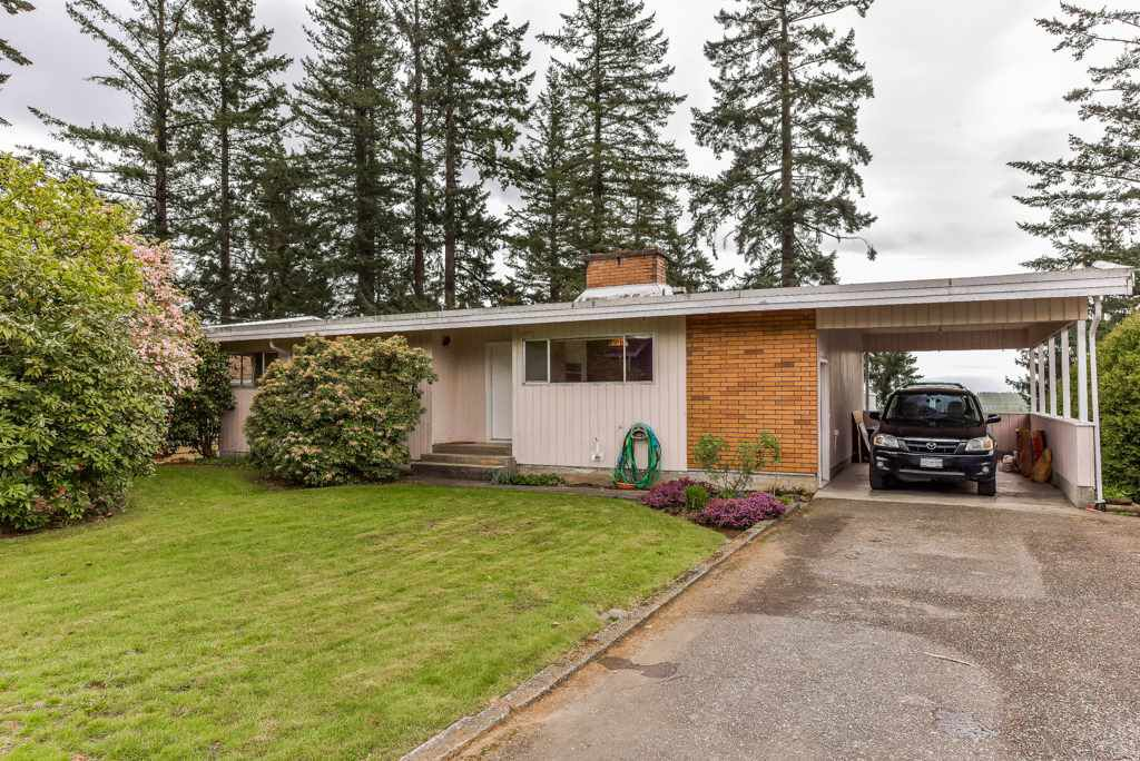 Main Photo: 34312 FRASER Street in Abbotsford: Central Abbotsford House for sale : MLS®# R2365806