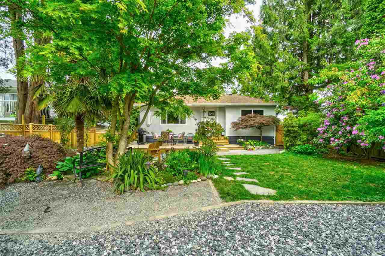 Main Photo: 23205 123 Avenue in Maple Ridge: East Central House for sale : MLS®# R2367880
