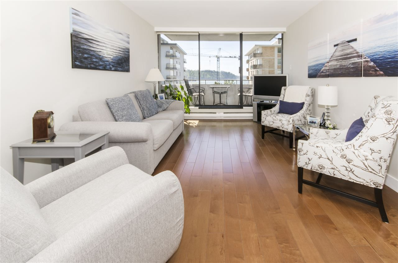 """Main Photo: 502 1341 CLYDE Avenue in West Vancouver: Ambleside Condo for sale in """"CLYDE GARDENS"""" : MLS®# R2369243"""