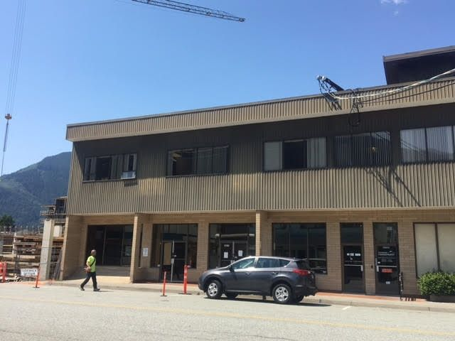 Photo 2: Photos: 38073 SECOND Avenue in Squamish: Downtown SQ Office for lease : MLS®# C8025787