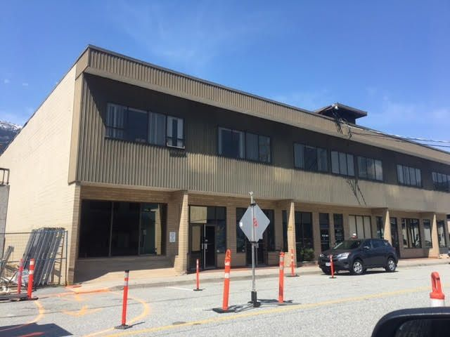 Main Photo: 38073 SECOND Avenue in Squamish: Downtown SQ Office for lease : MLS®# C8025787