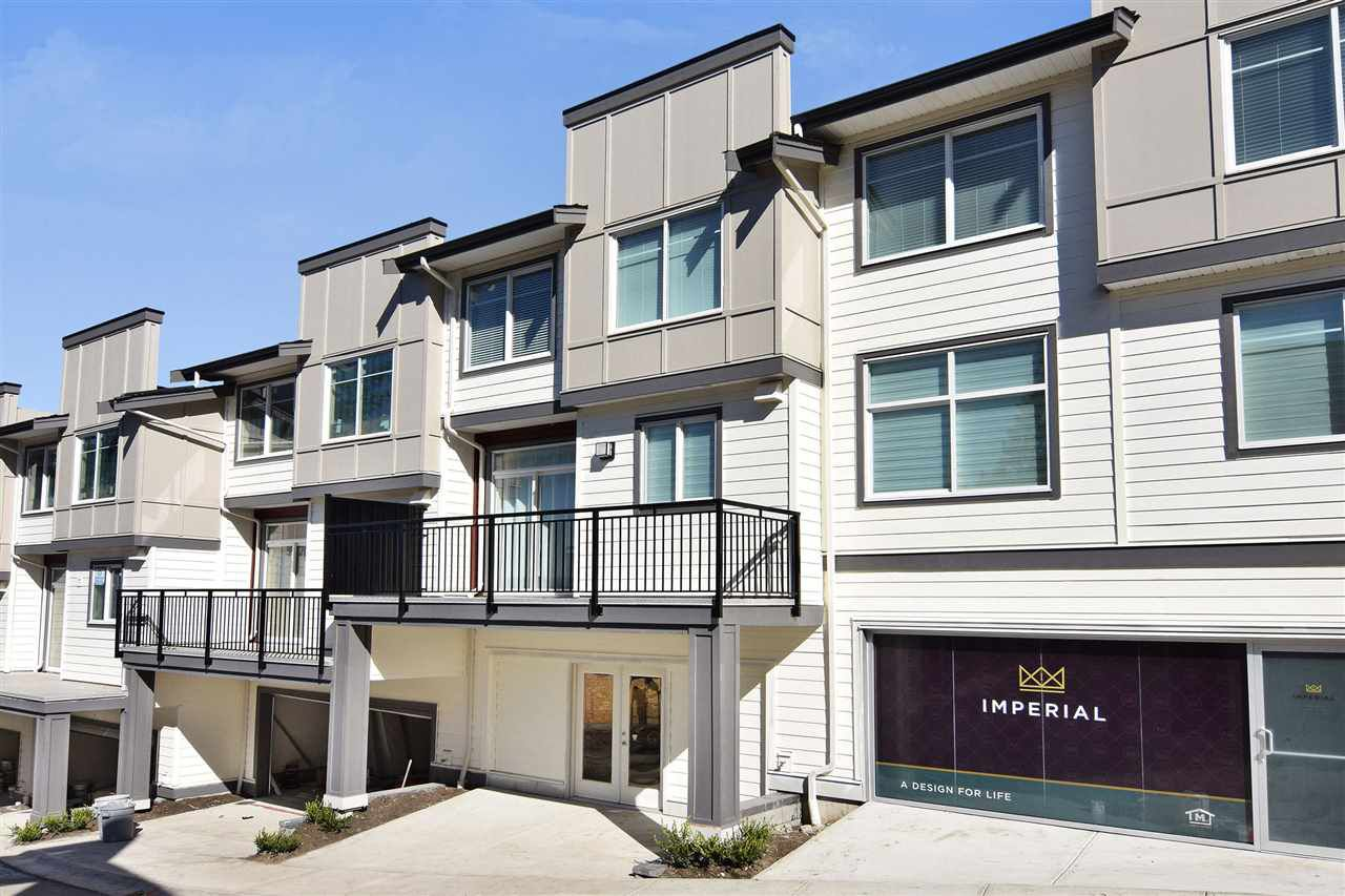Main Photo: 31 15633 MOUNTAIN VIEW Drive in Surrey: Grandview Surrey Townhouse for sale (South Surrey White Rock)  : MLS®# R2378461