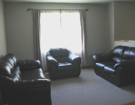 Photo 2: Photos: 103 Ravenhill Rd.: Residential for sale (Valley Gardens)  : MLS®# 2818320