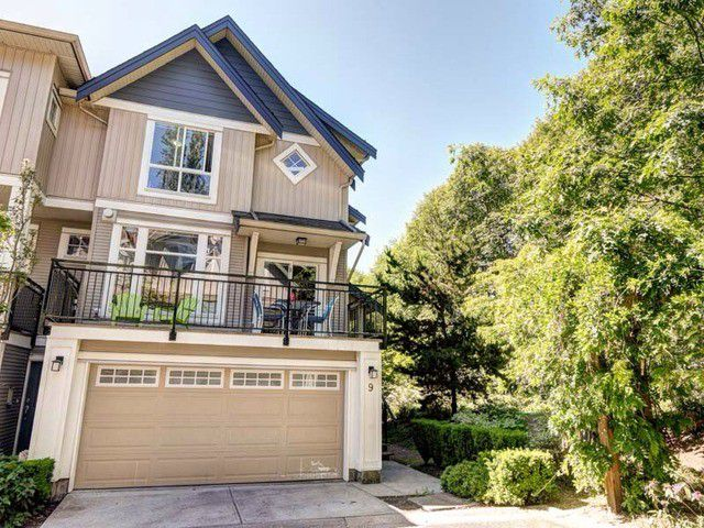 "Main Photo: 9 20120 68 Avenue in Langley: Willoughby Heights Townhouse for sale in ""The Oaks"" : MLS®# F1443428"