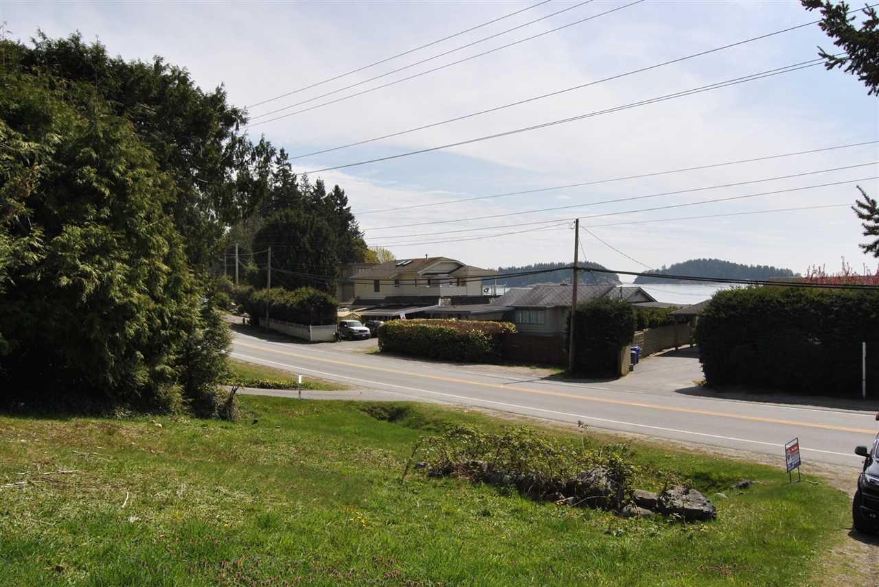 Main Photo: Lot 3 SUNSHINE COAST Highway in Sechelt: Sechelt District Home for sale (Sunshine Coast)  : MLS®# R2005349