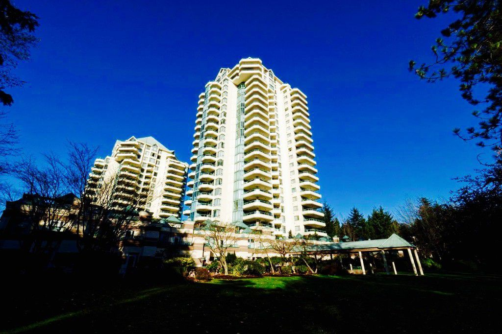 """Main Photo: 360 TAYLOR Way in West Vancouver: Park Royal Townhouse for sale in """"The WestRoyal"""" : MLS®# R2015405"""