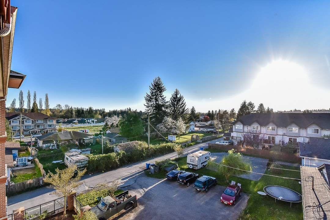 Photo 20: Photos: 403 19730 56 Avenue in Langley: Langley City Condo for sale : MLS®# R2052823