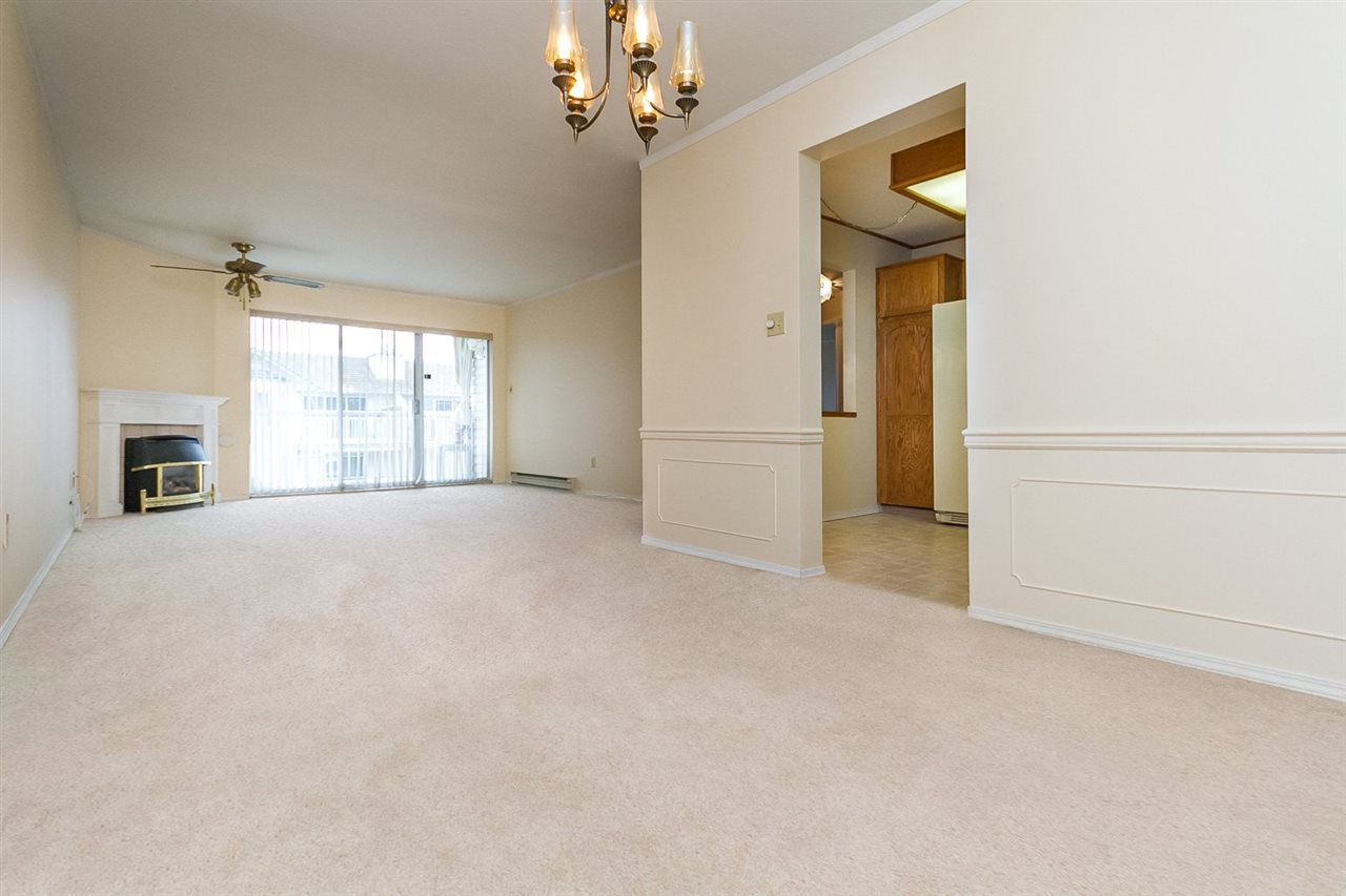 """Main Photo: 304 5360 205 Street in Langley: Langley City Condo for sale in """"PARKWAY ESTATES"""" : MLS®# R2053967"""