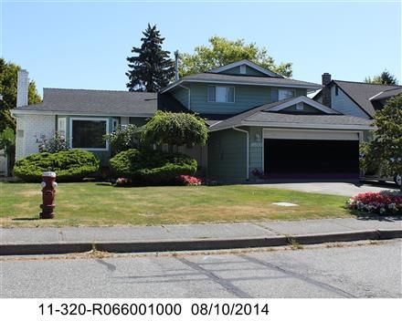 """Main Photo: 8800 DORVAL Road in Richmond: Woodwards House for sale in """"BROADMORE"""" : MLS®# R2136859"""