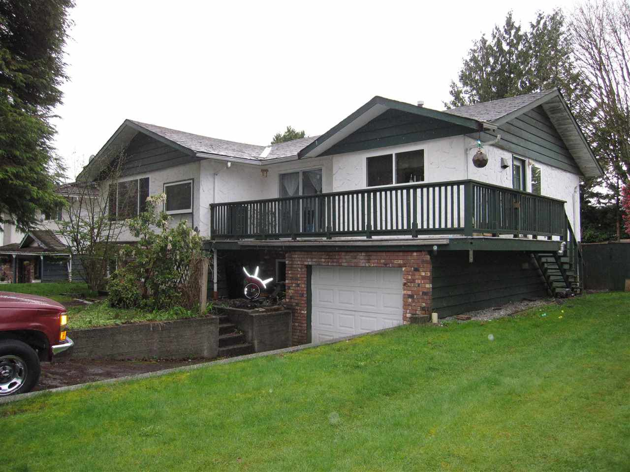 Main Photo: 11679 MORRIS Street in Maple Ridge: West Central House for sale : MLS®# R2157494