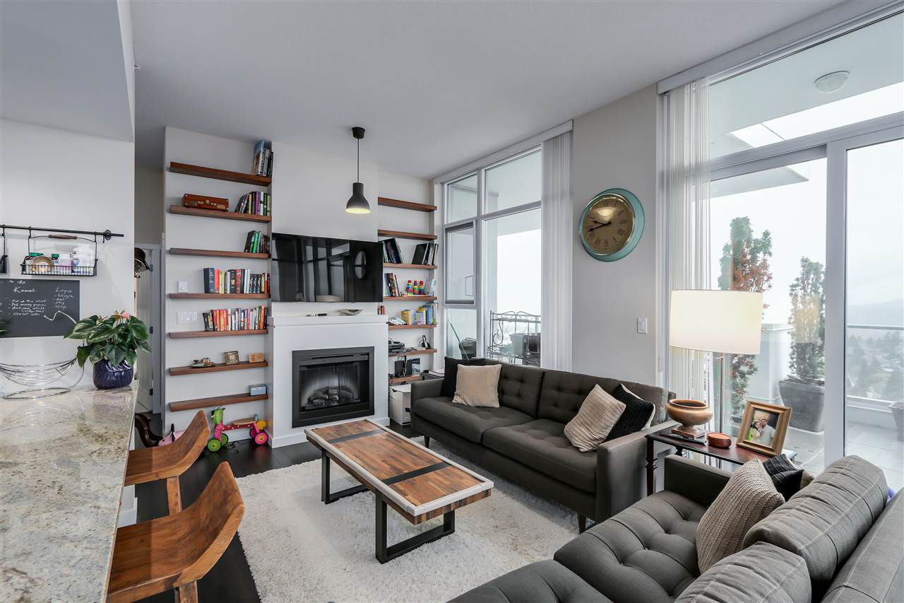 Main Photo: 3002 6688 ARCOLA Street in Burnaby: Highgate Condo for sale (Burnaby South)  : MLS®# R2159489
