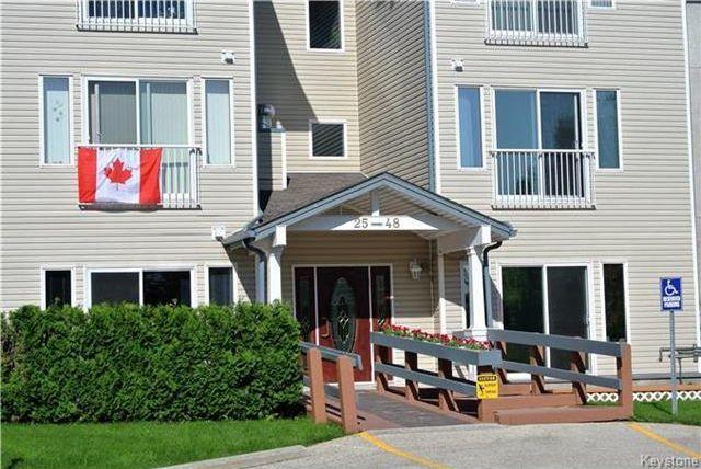 Main Photo: 677 St Anne's Road in Winnipeg: Condominium for sale (2E)  : MLS®# 1716862