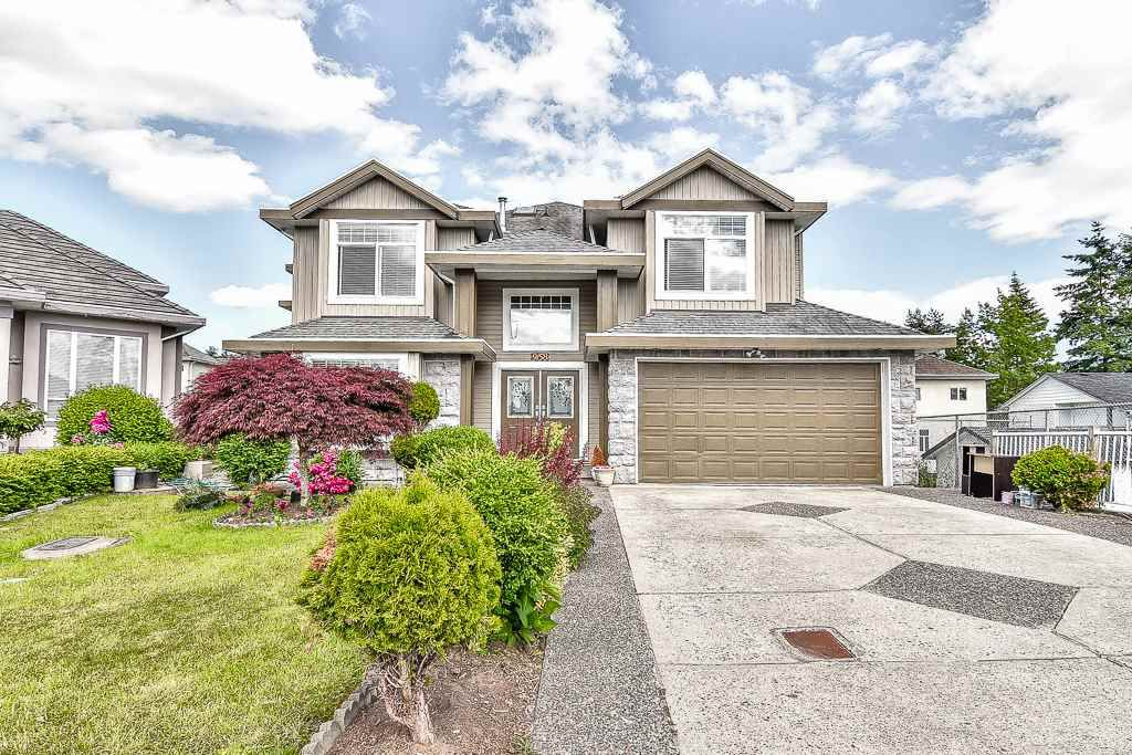 Main Photo: 9158 134B Street in Surrey: Queen Mary Park Surrey House for sale : MLS®# R2189190