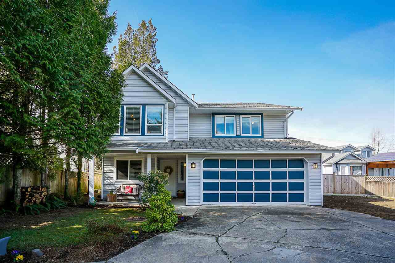 Main Photo: 23209 123 Avenue in Maple Ridge: East Central House for sale : MLS®# R2247582