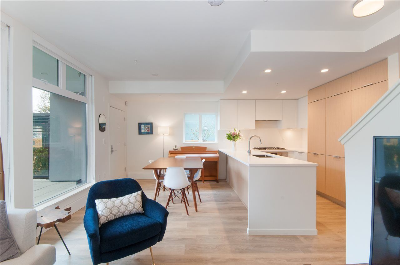 """Main Photo: 103 5080 QUEBEC Street in Vancouver: Main Condo for sale in """"Eastpark - Quebec"""" (Vancouver East)  : MLS®# R2254802"""