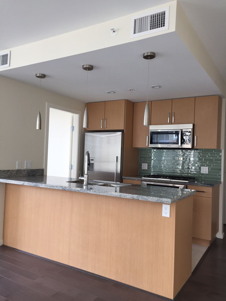 Main Photo: 1104 89 2nd Avenue in Vancouver: False Creek Condo for sale (Vancouver West)