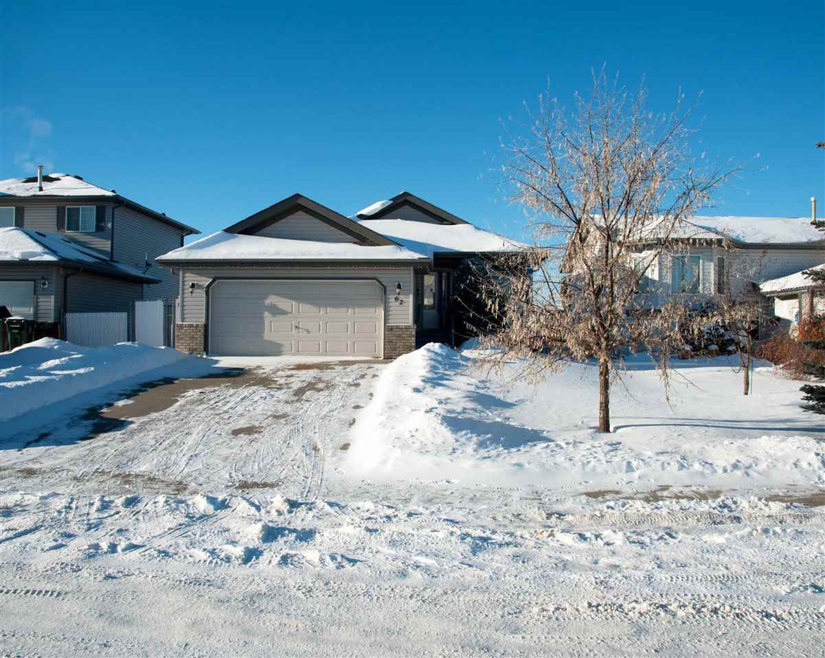 Main Photo: 62 HERITAGE Crescent: Stony Plain House for sale : MLS®# E4139806