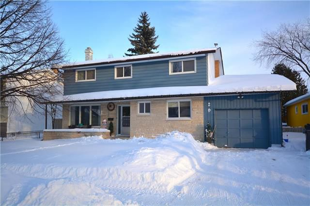 Main Photo: 29 Pleasant Bay in Winnipeg: North Kildonan Residential for sale (3F)  : MLS®# 1903070