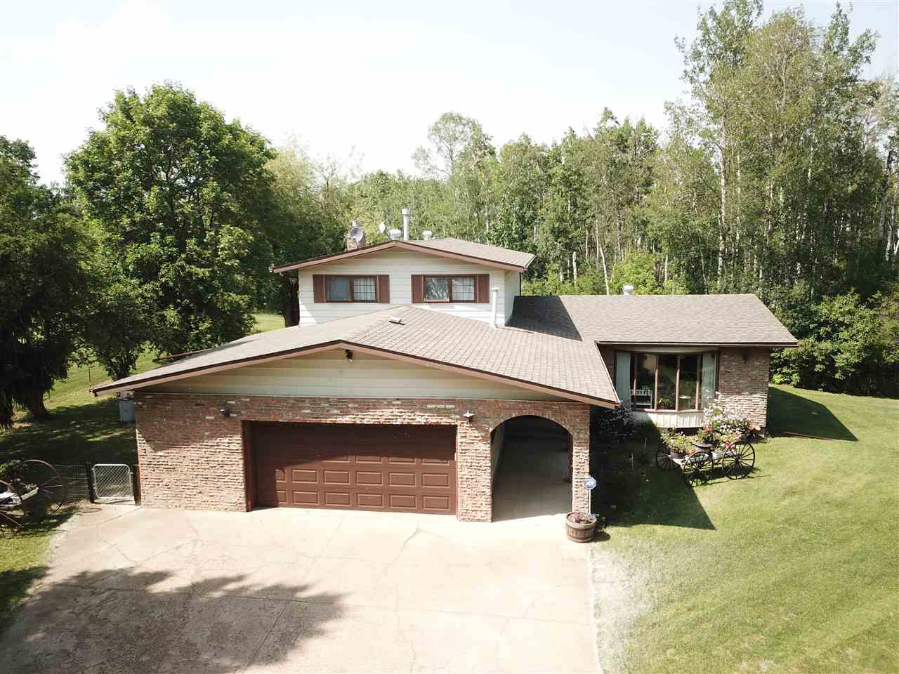 Main Photo: 21 53304 RGE RD 14: Rural Parkland County House for sale : MLS®# E4152161