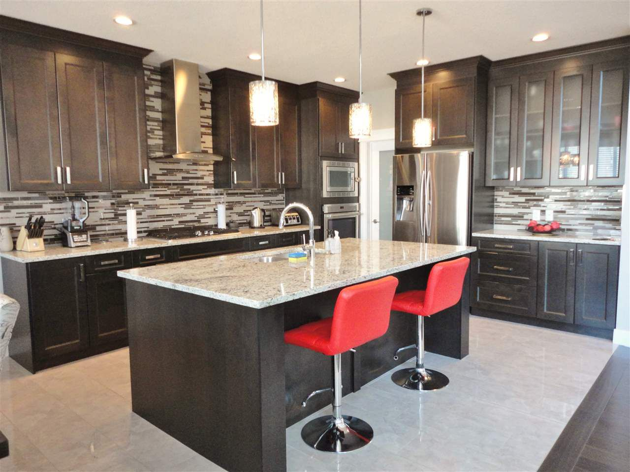 Main Photo: 12 HEWITT Circle: Spruce Grove House for sale : MLS®# E4156425