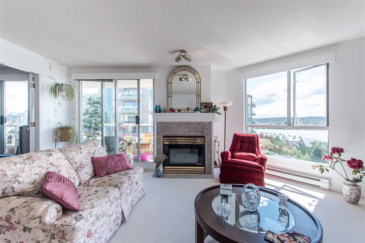 "Main Photo: 1407 1185 QUAYSIDE Drive in New Westminster: Quay Condo for sale in ""RIVERIA TOWERS"" : MLS®# R2382149"