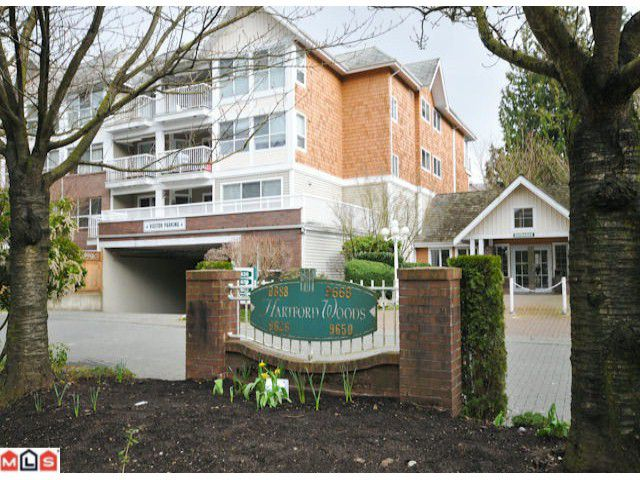 Main Photo: 213 9688 148 Street in Surrey: Guildford Condo for sale : MLS®# F1006048