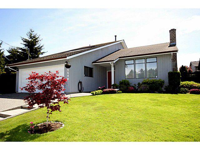 "Main Photo: 5548 1ST Avenue in Tsawwassen: Pebble Hill House for sale in ""PEBBLE HILL"" : MLS®# V1056796"