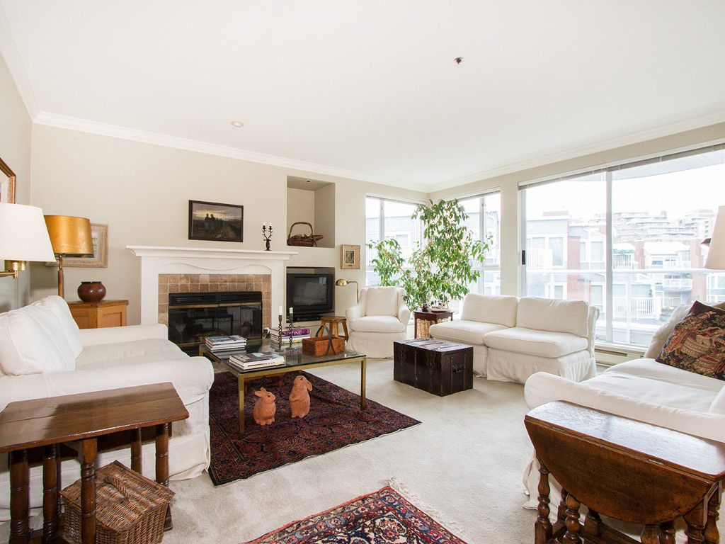 "Main Photo: 201 1551 MARINER Walk in Vancouver: False Creek Condo for sale in ""LAGOONS"" (Vancouver West)  : MLS®# V1098962"