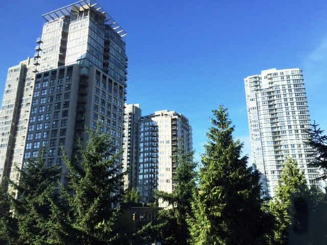 "Main Photo: 508 1009 EXPO Boulevard in Vancouver: Yaletown Condo for sale in ""LANDMARK 33"" (Vancouver West)  : MLS®# V1135971"