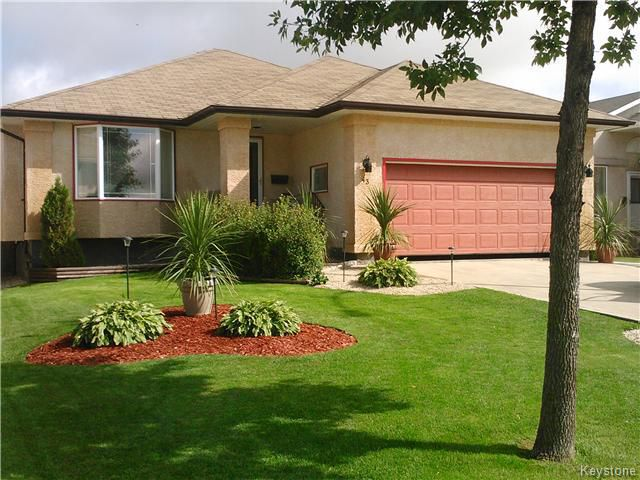 Main Photo: 43 Blue Mountain Road in WINNIPEG: Manitoba Other Residential for sale : MLS®# 1528725