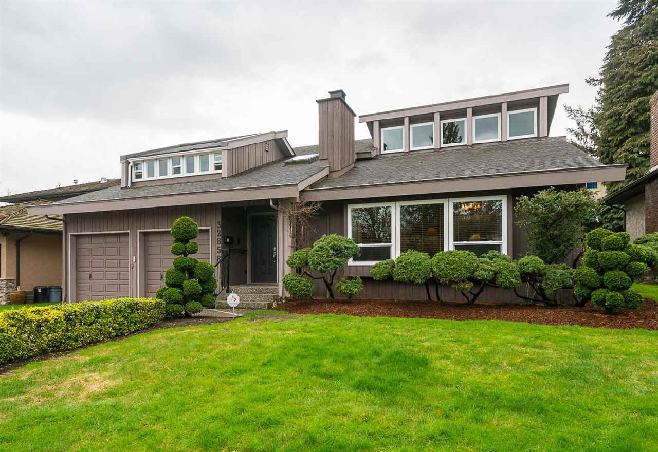 Main Photo: 32858 ASHLEY Way in Abbotsford: Central Abbotsford House for sale : MLS®# R2154090