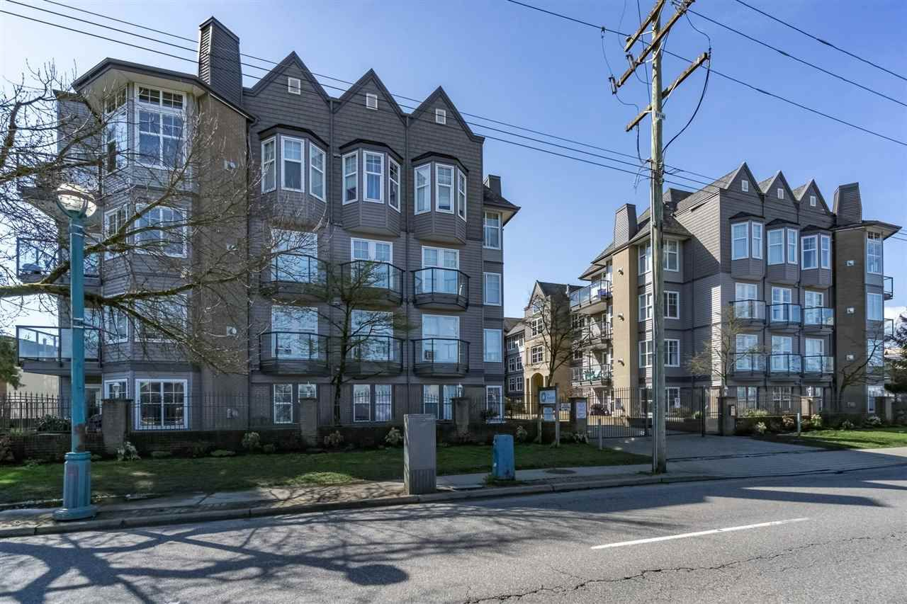 "Main Photo: 110 20200 56 Avenue in Langley: Langley City Condo for sale in ""THE BENTLEY"" : MLS®# R2155077"