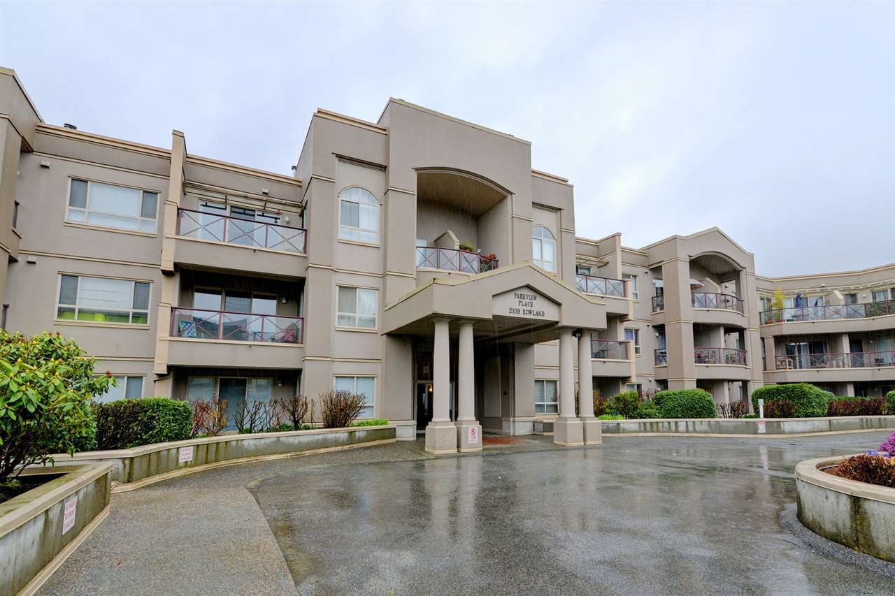 """Main Photo: 217 2109 ROWLAND Street in Port Coquitlam: Central Pt Coquitlam Condo for sale in """"PARKVIEW PLACE"""" : MLS®# R2251124"""