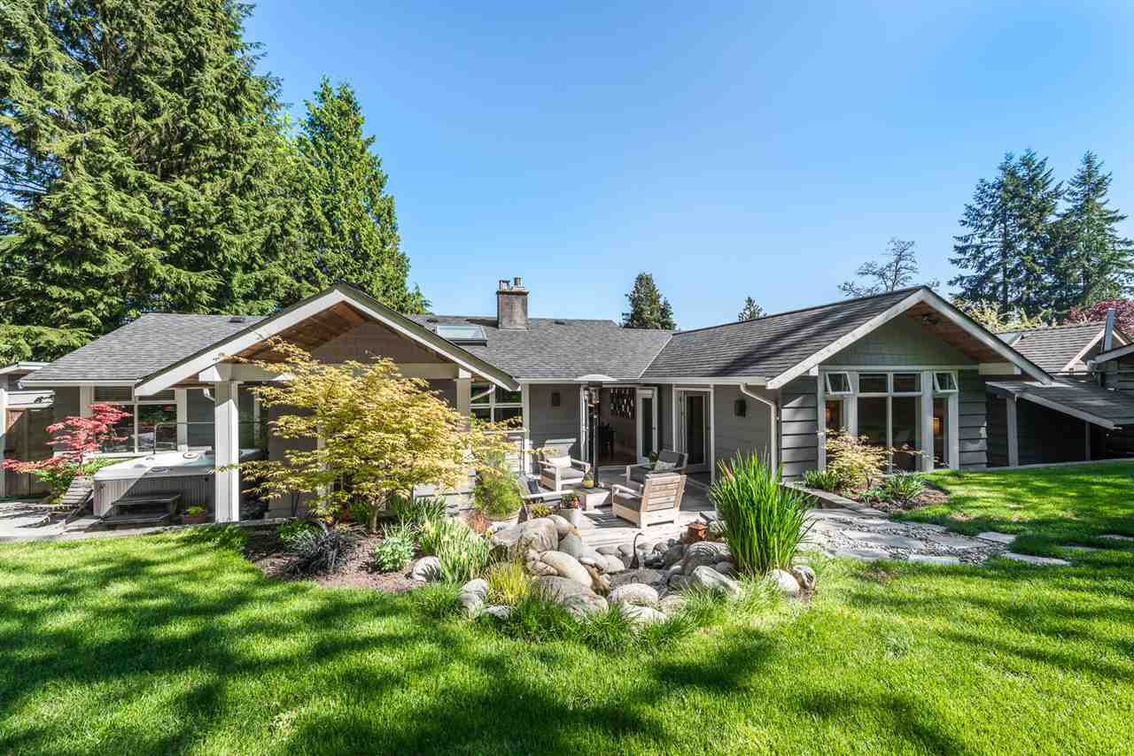 Main Photo: 1441 BRIARLYNN Crescent in North Vancouver: Westlynn House for sale : MLS®# R2268125