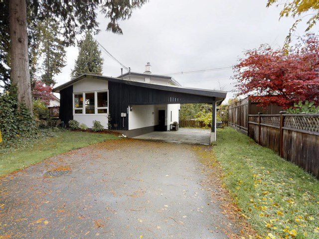 Main Photo: 937 56A Street in Delta: Tsawwassen East House for sale (Tsawwassen)  : MLS®# R2319327
