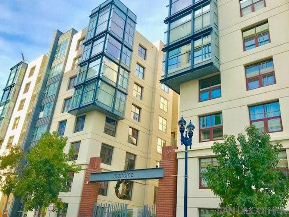 Main Photo: SAN DIEGO Condo for sale : 2 bedrooms : 1150 J St #205