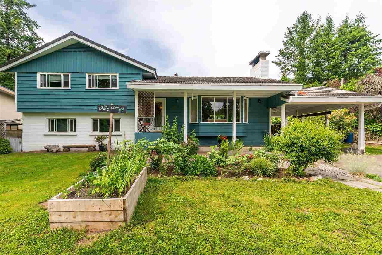 "Main Photo: 12599 55A Avenue in Surrey: Panorama Ridge House for sale in ""PANORAMA RIDGE"" : MLS®# R2376820"