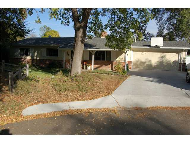 Main Photo: SOUTH ESCONDIDO House for sale : 3 bedrooms : 510 Nicolo in Escondido