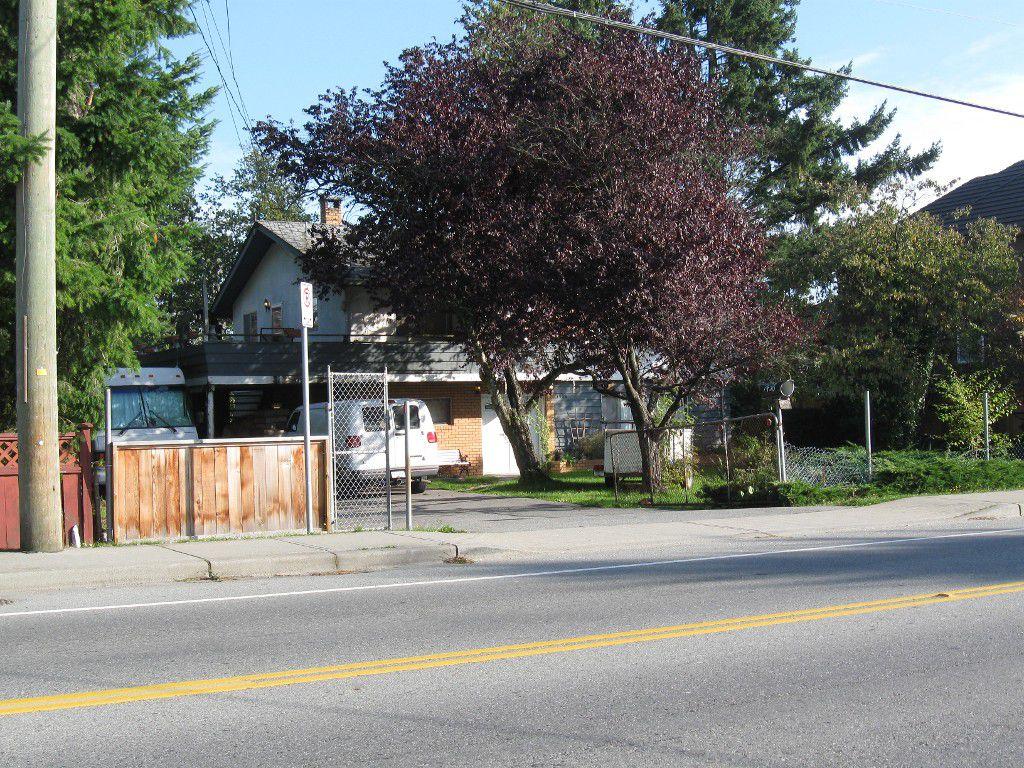 Main Photo: 7438 124 Street in Surrey: West Newton House  : MLS®# F1125565