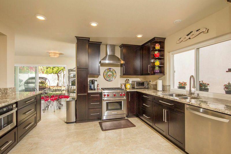 Main Photo: CORONADO CAYS House for sale : 4 bedrooms : 44 Bahama Bend in Coronado